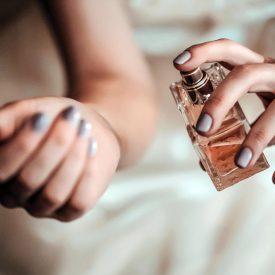 Proiectie parfum